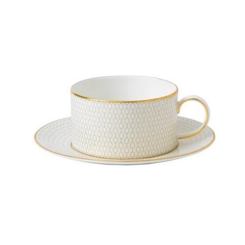 Arris teekuppi aluslautasella Valkoinen