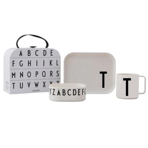 Design Letters lasten tarjoilusetti T